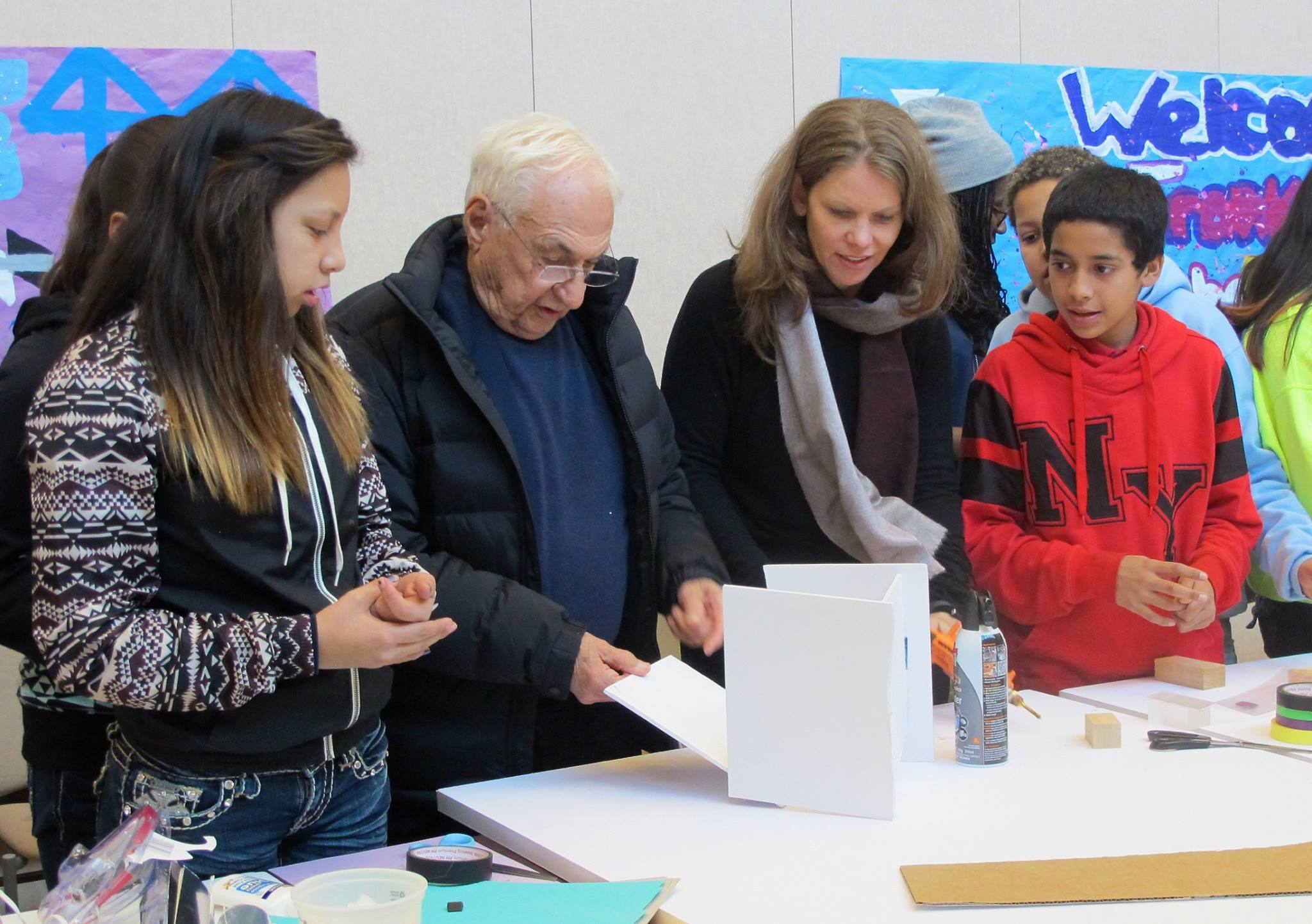 special section info for dirt cheap FRANK GEHRY – Turnaround Arts: California