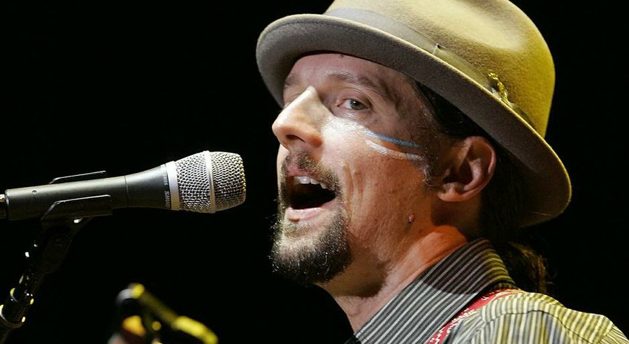 Grammy Award-winning Oceanside troubadour Jason Mraz will kick off his new tour in August at the Sean Diego Civic Theatre. — John Gastaldo